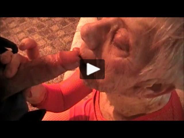 Cock sucking mature trisha gets a mouthfull 9