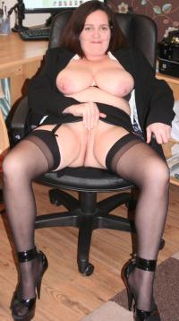 Curvy trisha teasing me with her booty again 2