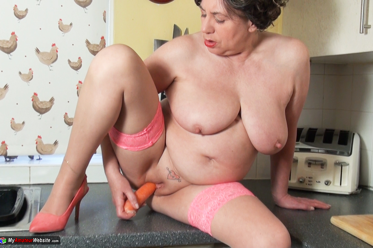 AuntieTrisha - In My Kitcken Pt 2
