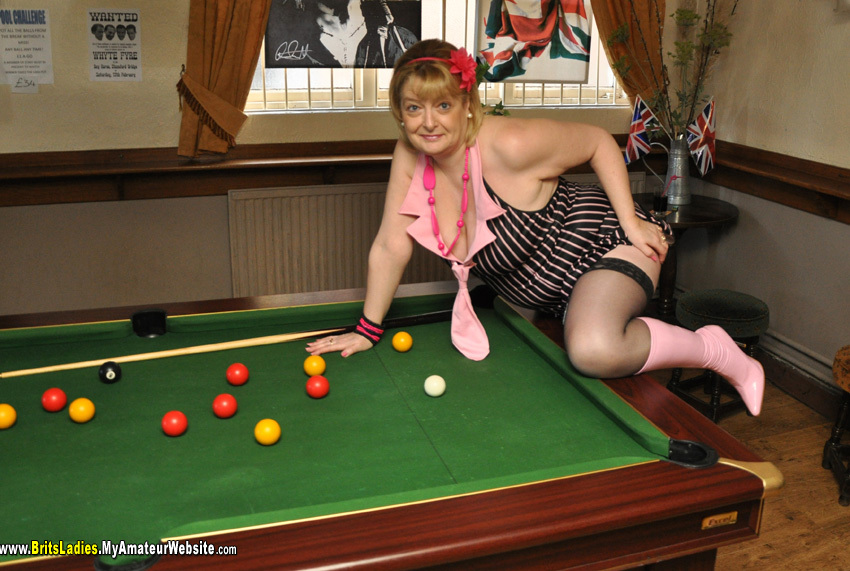 BritsLadies - Playing With Balls