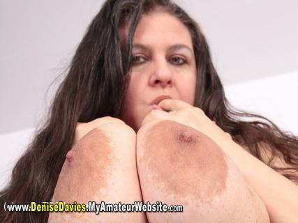 DeniseDavies - Naked On The Bed Pt4