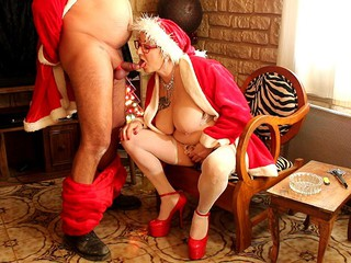 LadyBitchMary - the mother christmas