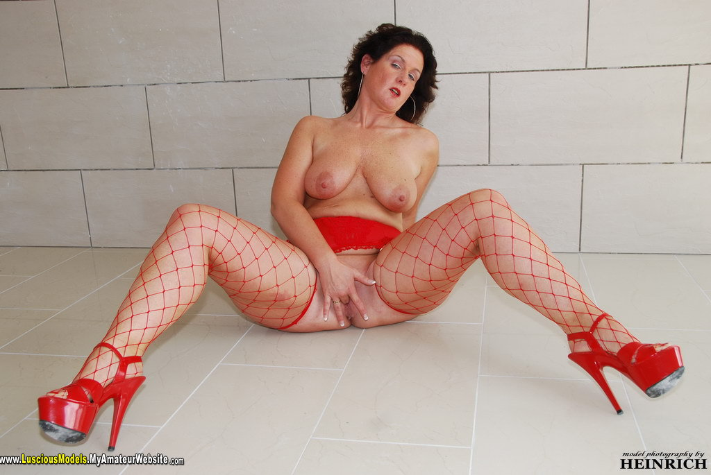 LusciousModels - Manuela mature slut 22