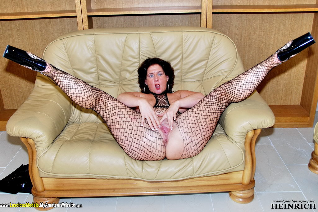 LusciousModels - Manuela mature slut 33