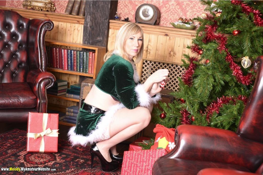 Melody - Xmas Elf