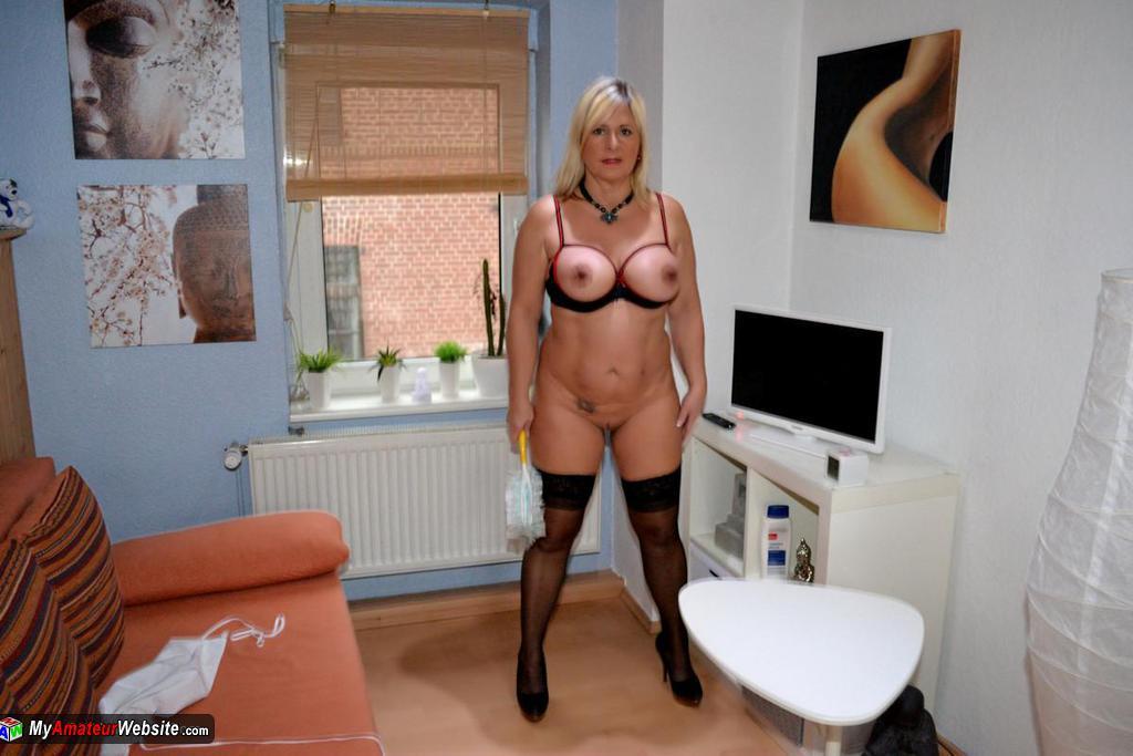 NudeChrissy - Nude House Work