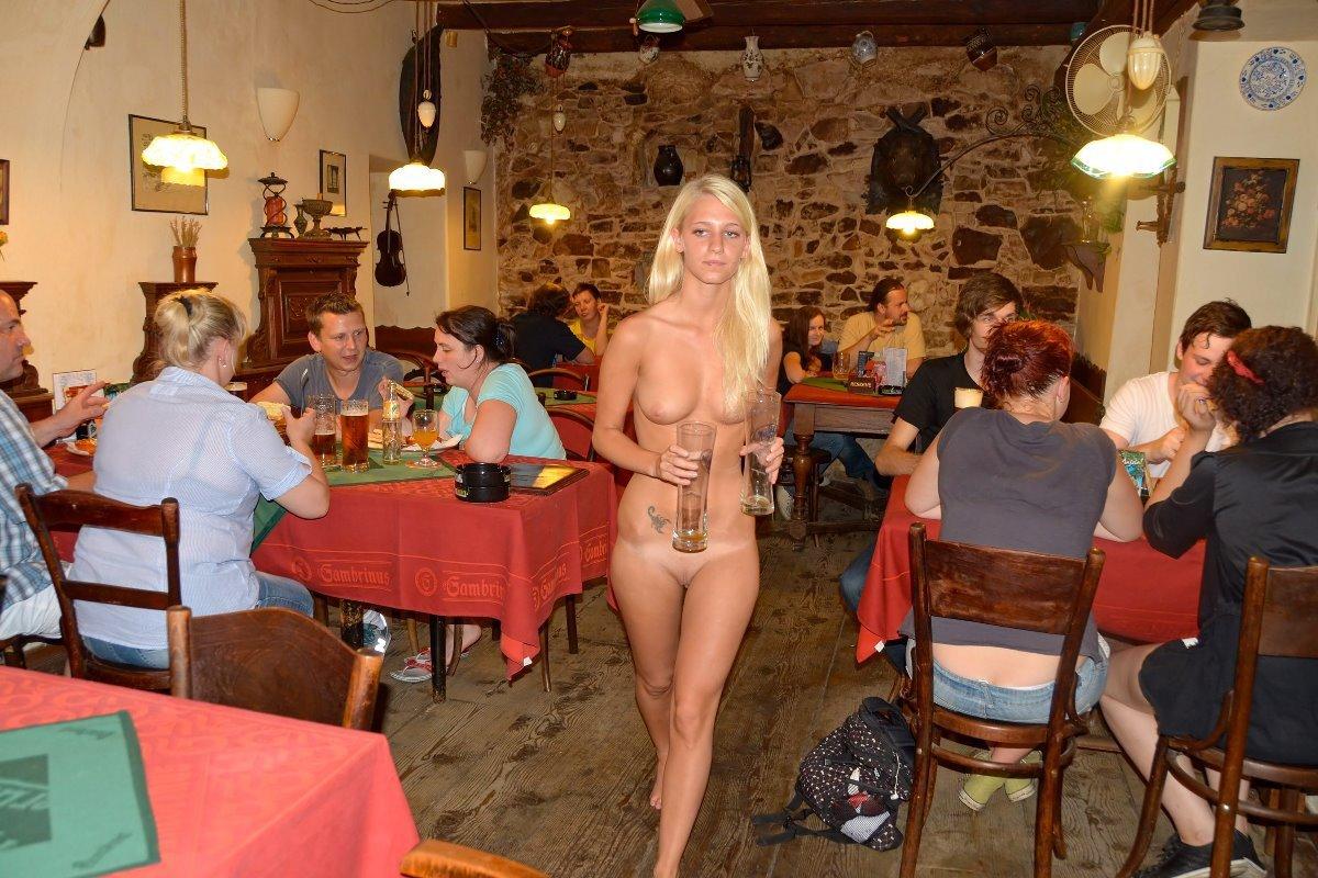 Beautiful naked blonds