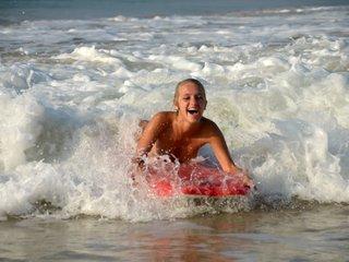 Terry - Sri Lanka - Surfing
