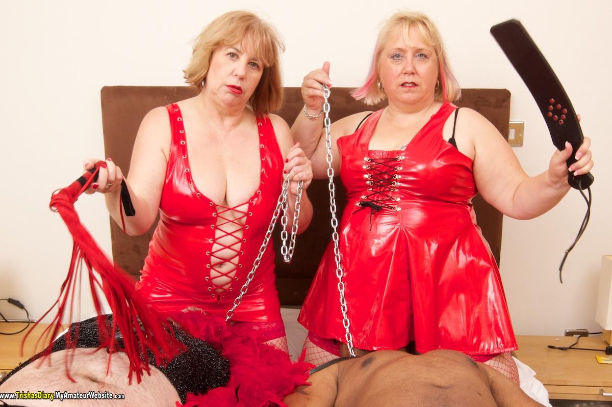 TrishasDiary - Red Hot Foursome 2