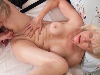 TrishasDiary - Shaving Lady Sextasy Pt 3