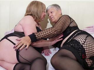 Lesbian Playtime