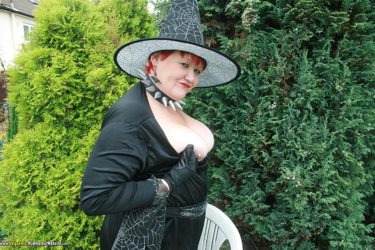 Valgasmic - Witching Hour