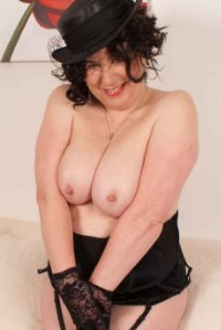 Trisha is a wild hot n horny mature British MILF who just cant get enough sex. Every young guys dream MILF