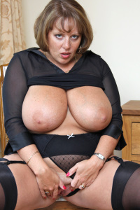The original British Big Boobed Amateur Porn Queen. Claires 32HH natural boobs have been keeping her members happy for years. Why not join them ?