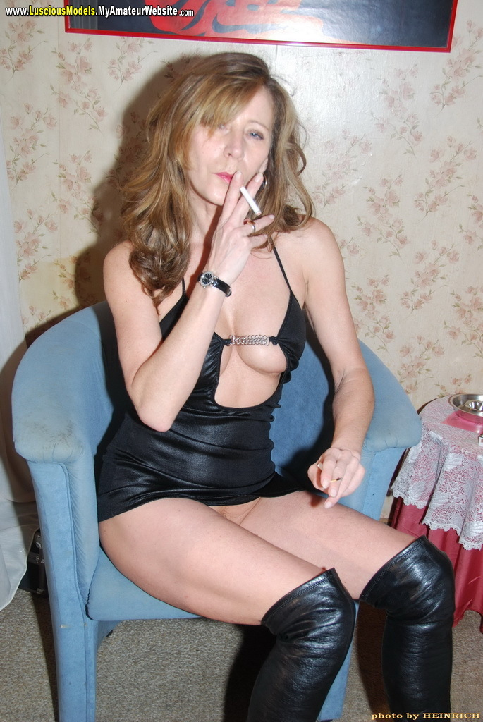 murmansk escort service smoking whore