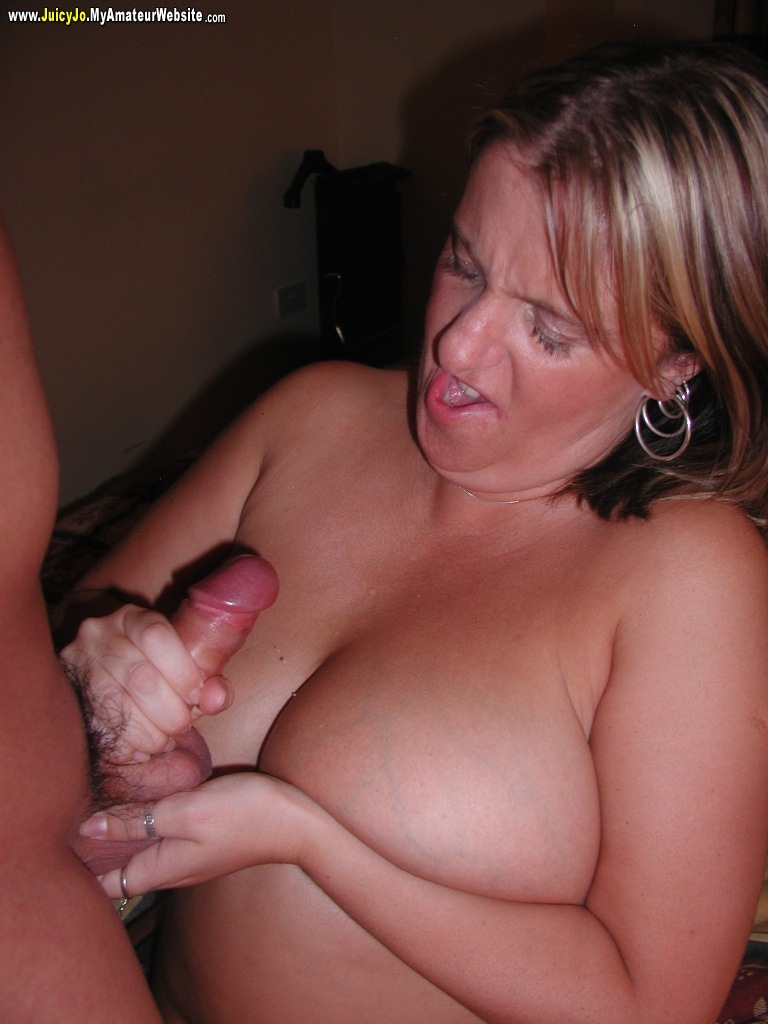 Wife takes a load in her ass after riding guys cock