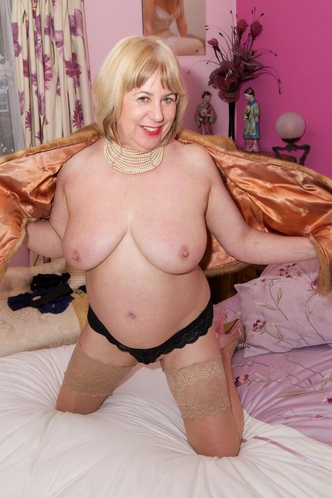 diary lady escort masseurin nackt