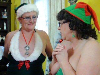 AuntieTrisha - Santas Lost Key Pt 1 HD Video