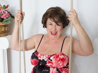 AuntieTrisha - On The Swing Gallery