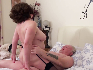 AuntieTrisha - Text Message Meet Pt 5 HD Video