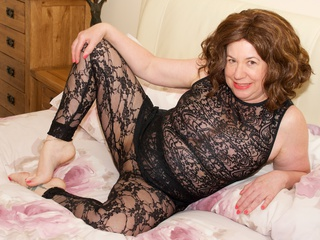 AuntieTrisha - Black Lace Tights Gallery