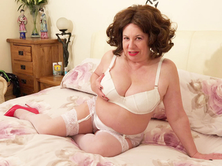 AuntieTrisha - White Lingerie pt 1 HD Video