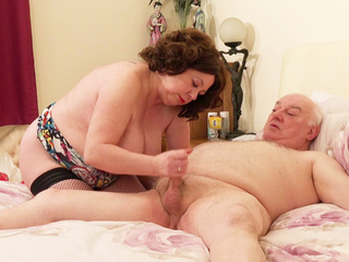 AuntieTrisha - Auntie Trisha The Call Girl Pt 1 Video