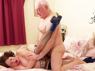 AuntieTrisha - Auntie Trisha The Call Girl Pt 3 HD Video