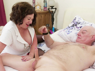 AuntieTrisha - The Doctor is in the House Pt 1 HD Video