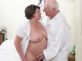 AuntieTrisha - Fun in the Treatment Room Pt 1 Video