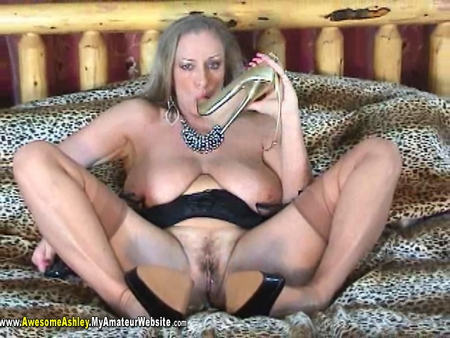 AwesomeAshley - Aunties Hot Sex Pt 3 Video