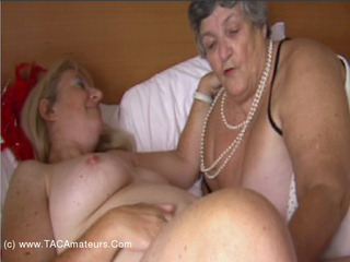 GrandmaLibby - Lesbo Bath Time Pt1 Video