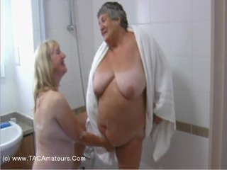 GrandmaLibby - Lesbo Bath Time Pt5 Video