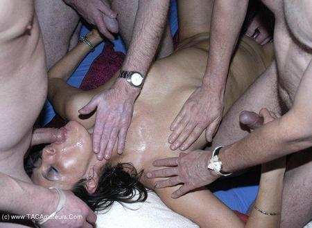 JuicyJo - Cum Drenched Gangbang Gallery