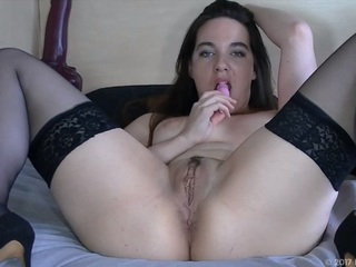 LusciousModels - Zoe Davis, vibrator masturbation (2-3) Video