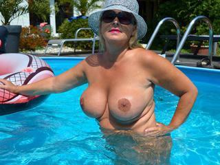 NudeChrissy - My Nude Pool