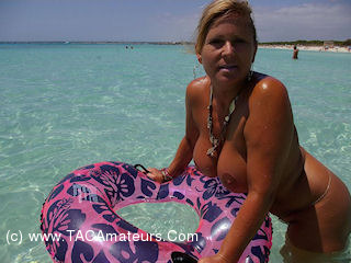 NudeChrissy - EnTrenc Nudist Beach Pt2 HD Video