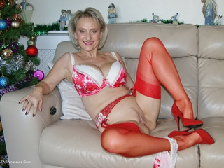 Sugarbabe - Let Me Make You Cum This Xmas HD Video