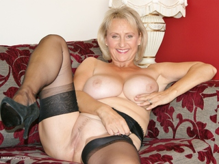 Sugarbabe - Getting Ready For Cock