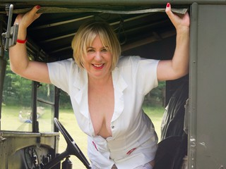 TrishasDiary - World War 2 Nurse Gallery