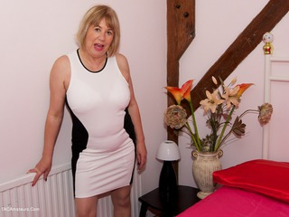 TrishasDiary - Black & White Dress Gallery